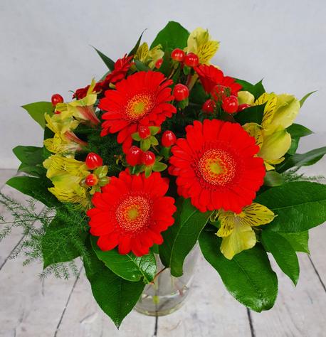 Mały bukiet z 2 rodzajów kwiatów (alstromeria, gerbera) (1)