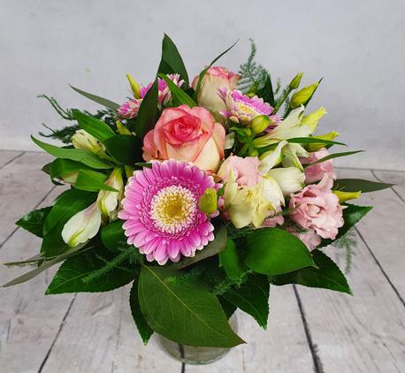 Mały bukiet z 4 rodzajów kwiatów (róża, gerbera, alstromeria, eustoma) (1)