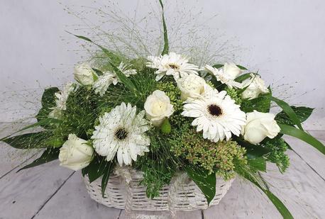 Średni kosz kwiatowy biały (1)