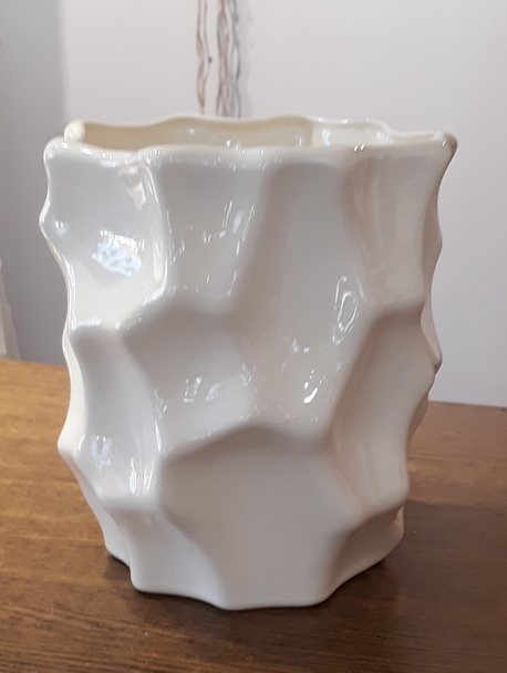Donica / osłonka biała graniasta ø16cm, wys.17cm (1)