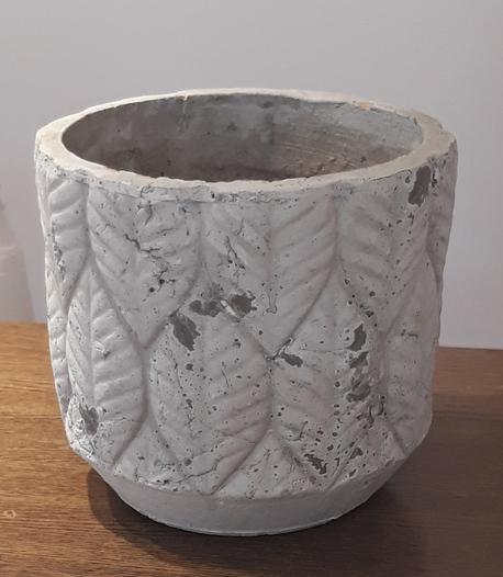 Donica / osłonka z liśćmi jasna ø18cm, wys.17cm (1)