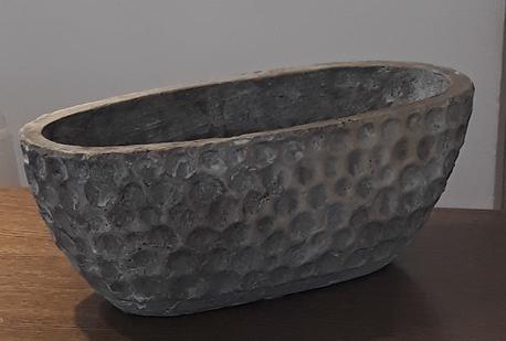 Donica / osłonka owalna z wgniotkami 29x13cm, wys.12cm (1)