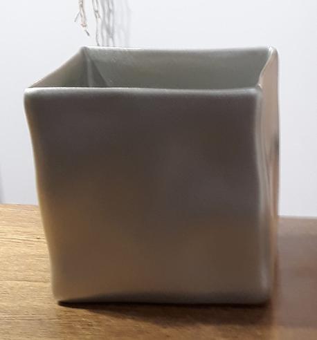 Osłonka / donica kwadratowa srebrna 15x15cm, wys.16cm (1)