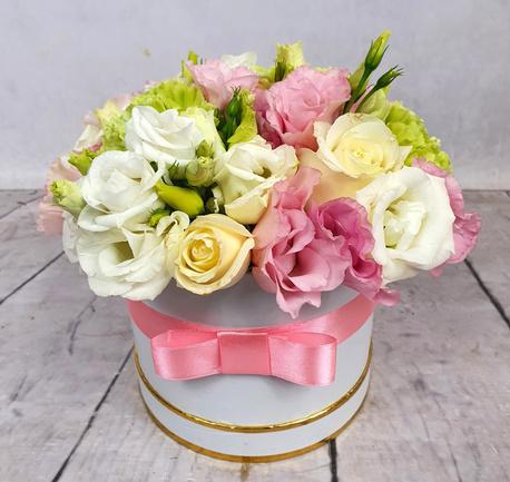 Średni Flower BOX z kwiatami pastelowymi (1)
