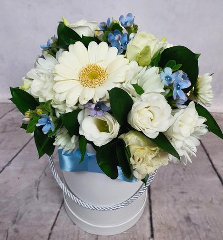 Średni Flower BOX z niebieskimi akcentami (1)
